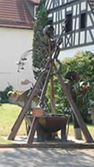 handgefertigte Figuren und Skulpturen aus Kupfer